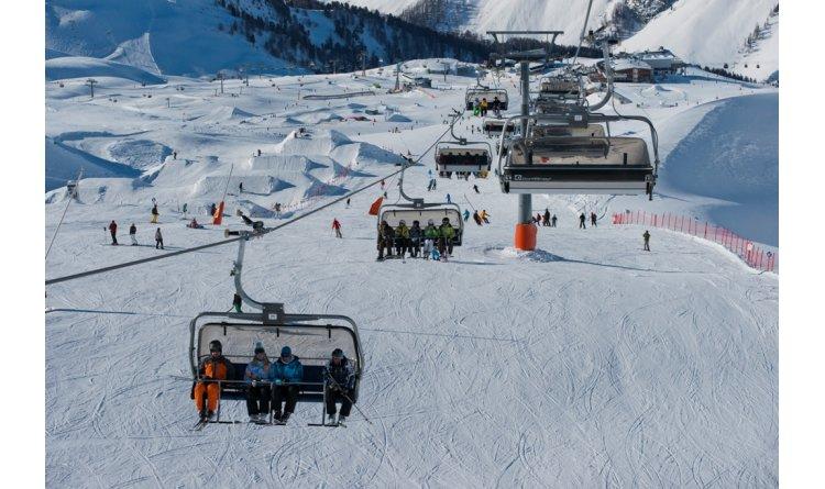 Ischgl luxury hotels austria resorts ski in luxury for Ischgl boutique hotel