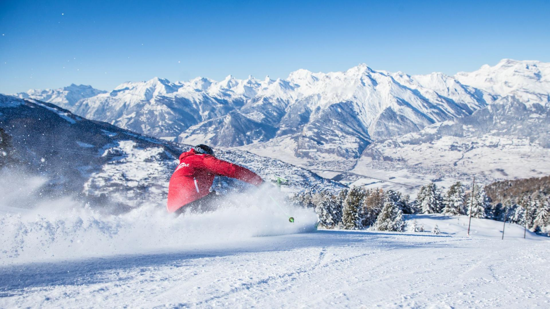 Veysonnaz skiing with view and snow guaranteed