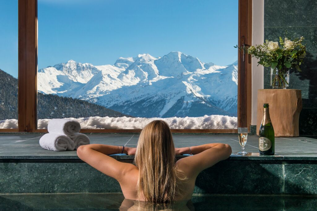 Chalet Nyumba, Verbier - Pool View