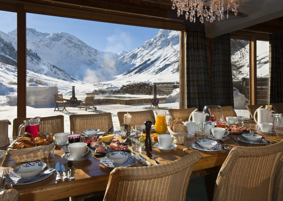 Chalet Le Chardon, Val d'Isere - Dining Area View