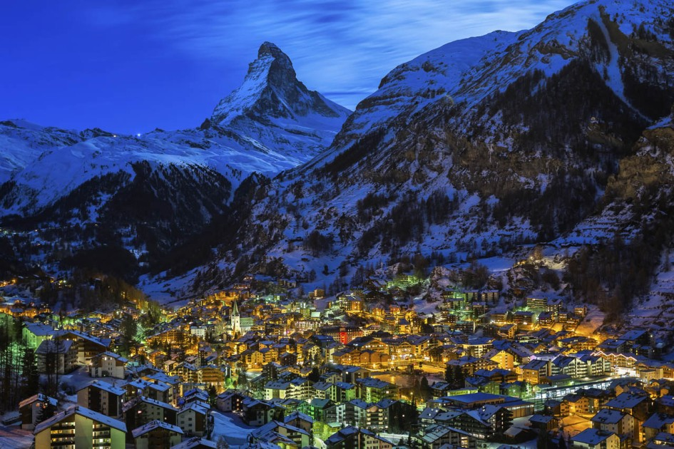 zermatt-village-matterhorn-lights