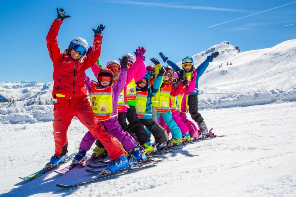 Ski Lessons in Saas Fee (Credit: KidsTravel2)