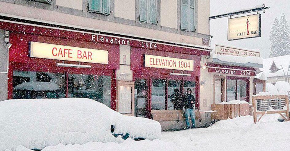 Apres Ski Bar in Chamonix - Elevation 1904