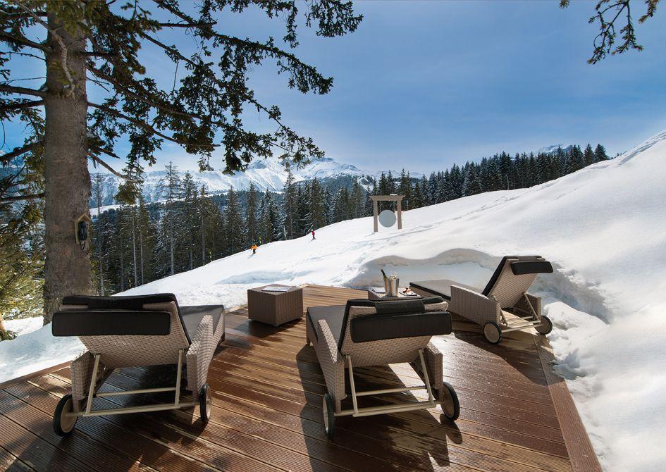 Ski access ski hotel