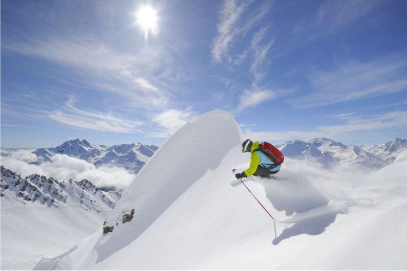 Black run skiing