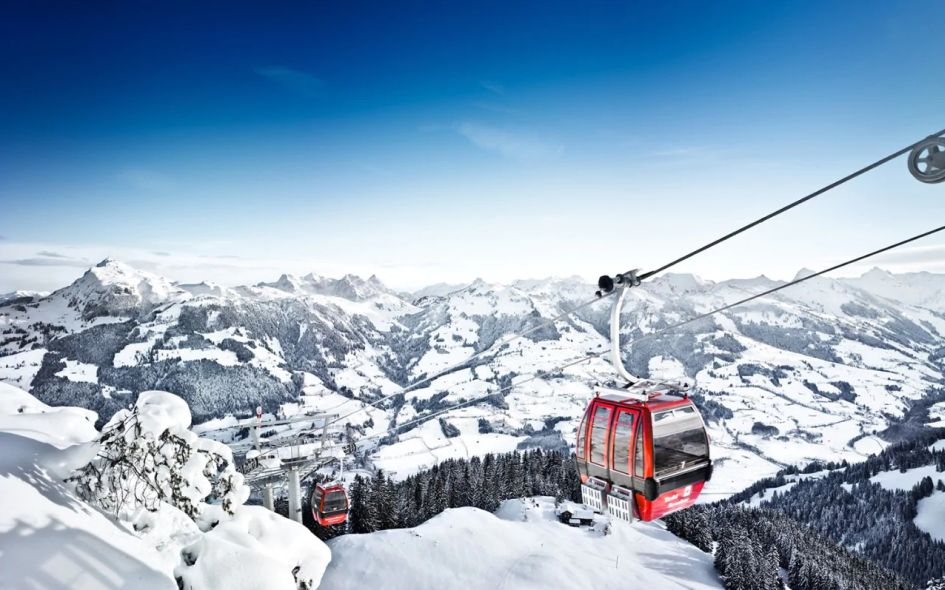 Why you need to convince your non-skier friends to want to go on a ski holiday