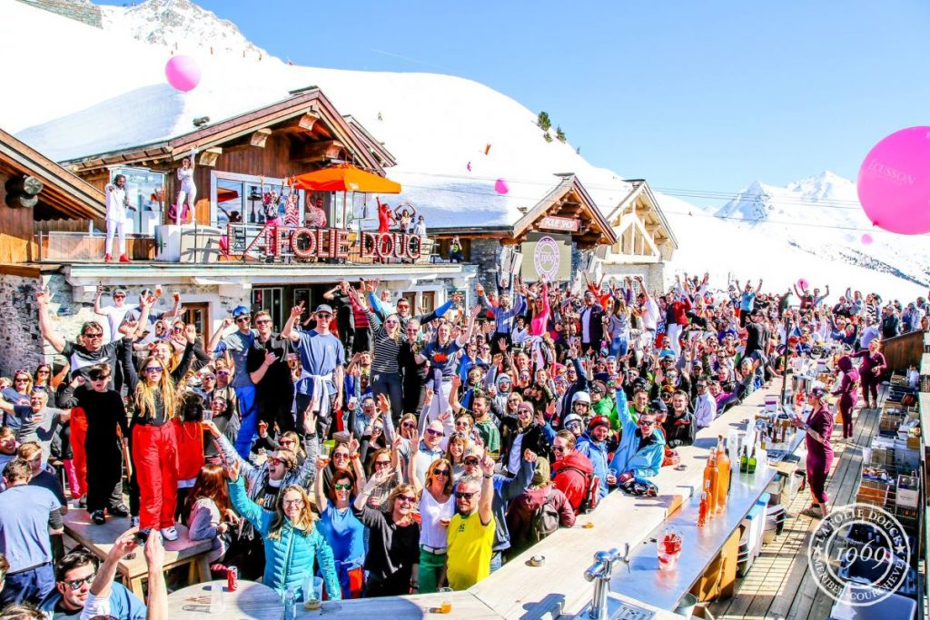 Folie Douce Three Valleys, apres ski in the Three Valleys, Folie Douce Meribel, Folie Douce Courchevel