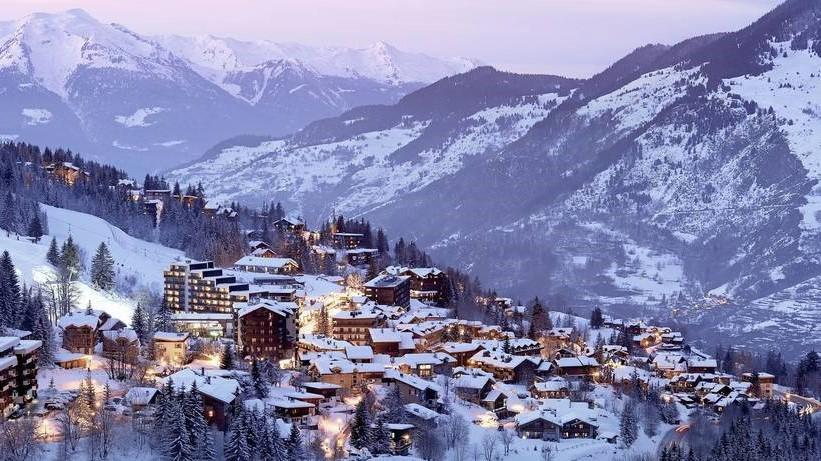 Courchevel Village, skiing . three valleys