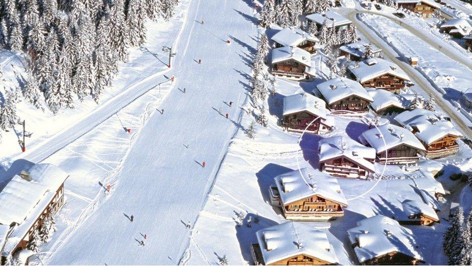 luxury chalet, skiing, courchevel, luxury