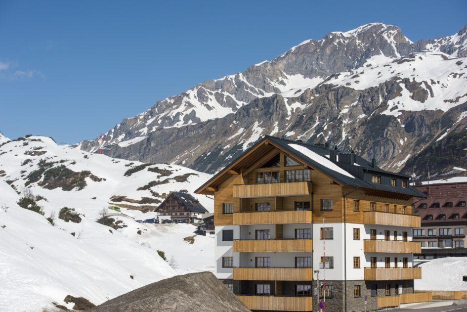 luxury ski penthouse, skiing, family ski holiday