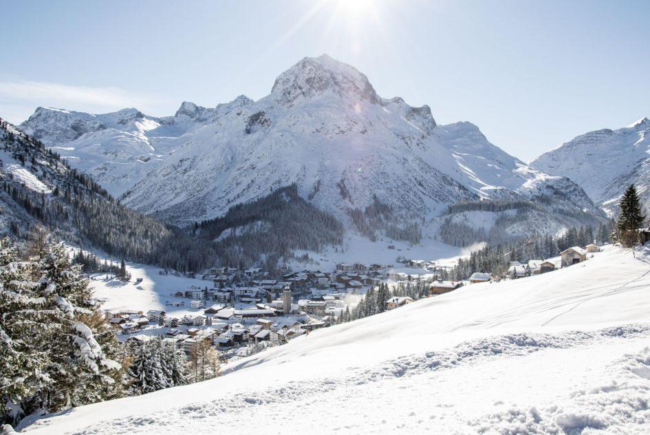 luxury ski chalets, St Anton, Zurs, Lech, Austria