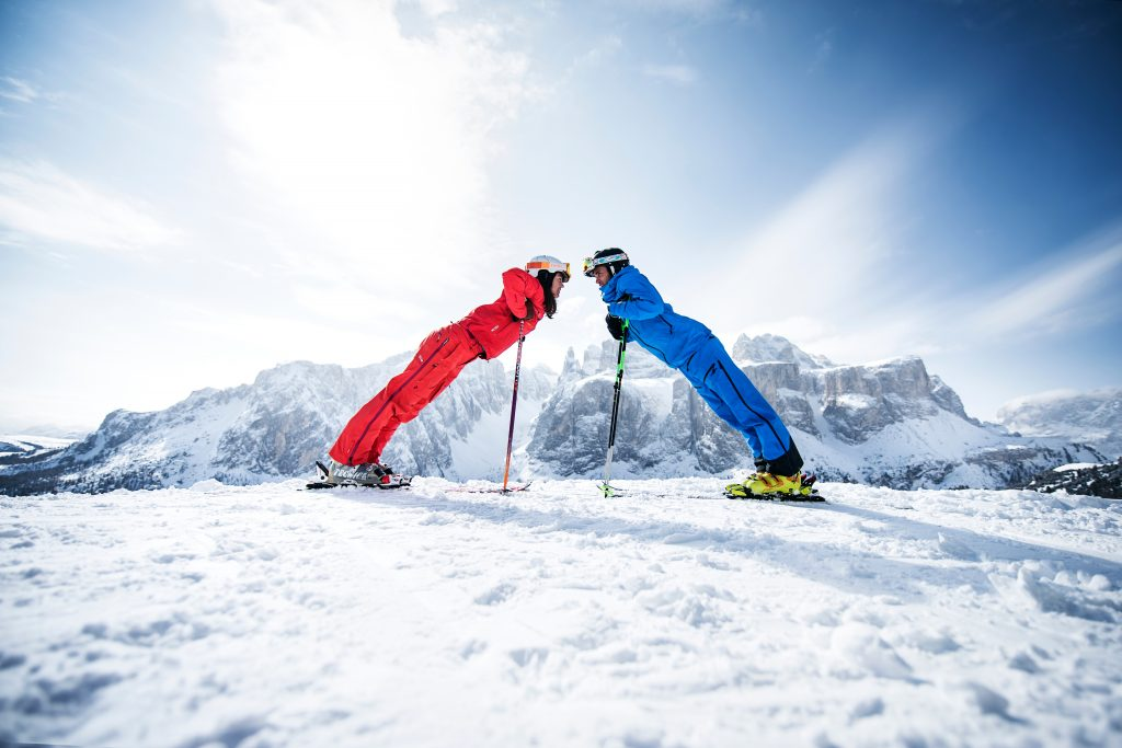 Skiing-Couple-Alta-Badia-Credit-Andre-Schoenherr