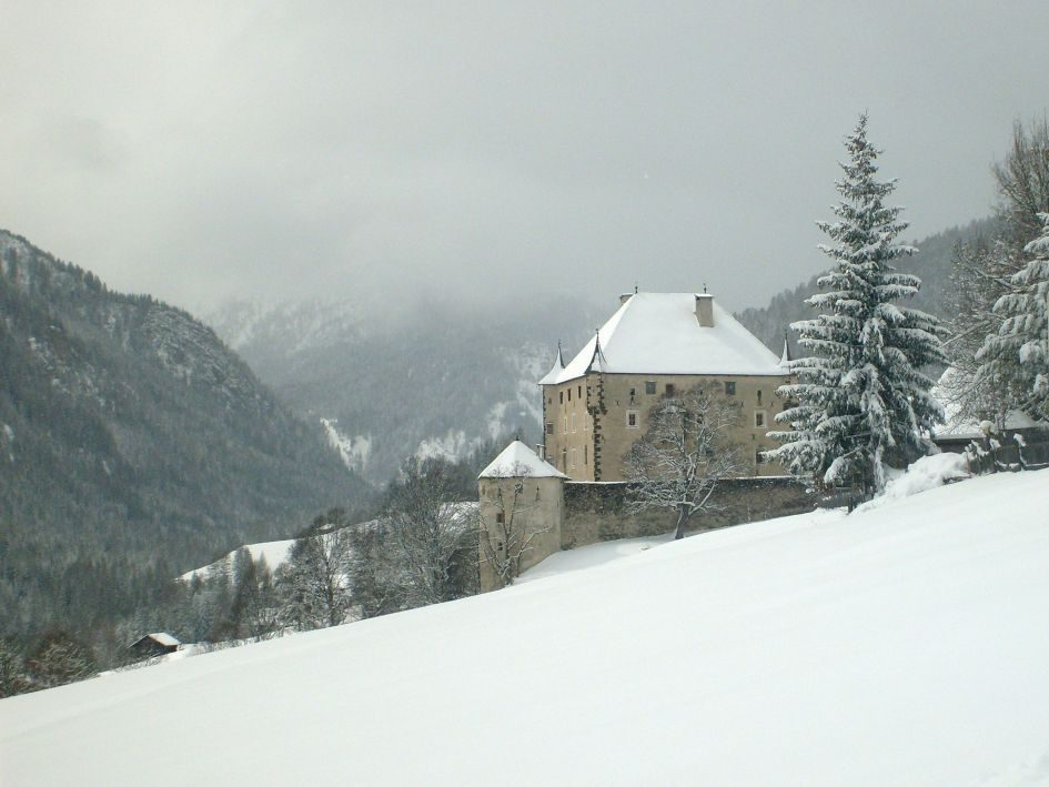 Ciastel-Colz-Alta-Badia-Credit-Wikipedia