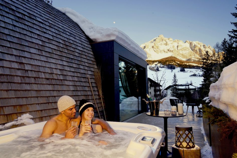 hot tub, couple, romantic, wellness, chalet wellness