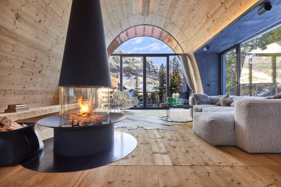 luxury living space, luxury interior, luxury design, romantic chalet