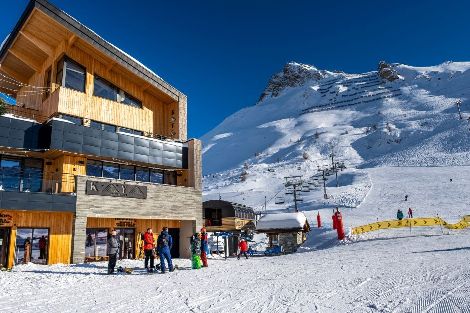 Tignes Best Catered Ski Chalets, Catered Ski Chalets in Tignes, luxury ski-in, ski-out chalet in Tignes, ski-in ski-out, Chalet Kaya, Tignes luxury ski chalets