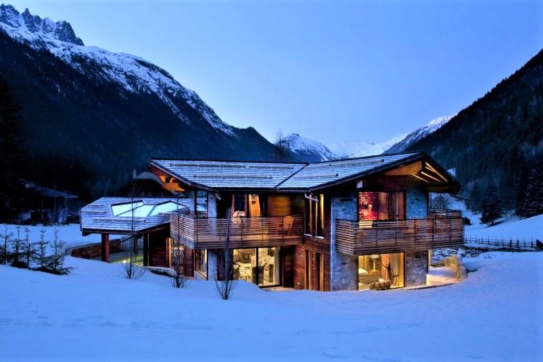 alpine retreat, remote chalets, escapism, wanderlust, luxury retreat, Chamonix, Chamonix Mont Blanc, Mont Blanc
