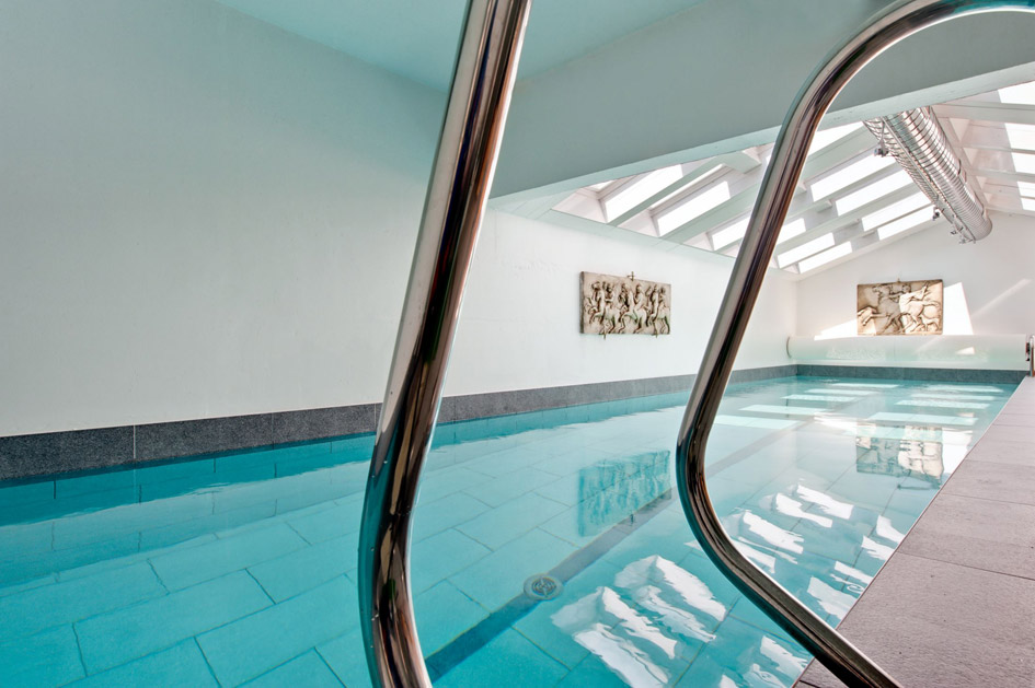 Chalet Sorojasa swimming pool, chalet with swimming pool in Verbier, chalet with pool in Verbier, chalet swimming pools Verbier