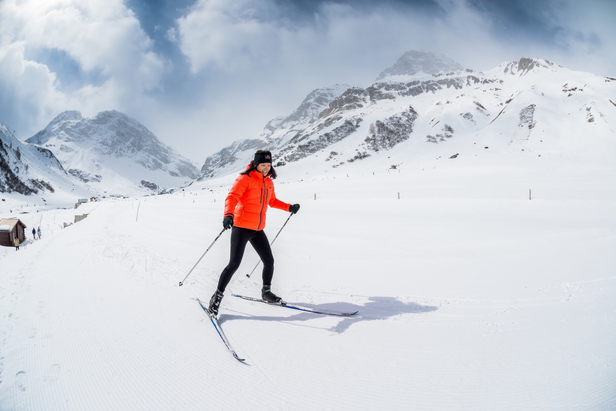 cross-country skiing Val d'Isere, cross-country skiing Alps, cross-country ski, mountain activities, snow activities, winter activities, activities in the mountains, luxury mountain holiday