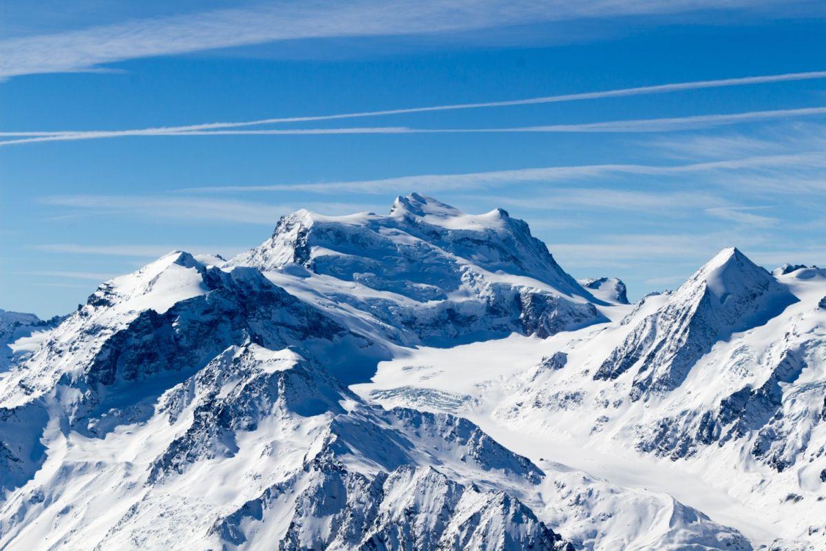 Swiss Alps Ski Resort, Swiss Alps Ski Holiday, Ski Holiday Verbier, Ski Holiday La Tzoumaz