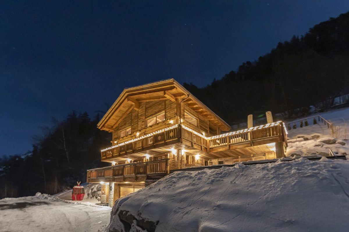 La Tzoumaz luxury chalet, Switzerland chalet, ski chalet Swiss Alps, ski holiday La Tzoumaz