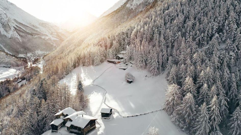 Saas Fee ski holiday, skiing in Saas Fee, Swiss Alps holiday, ski holiday Switzerland