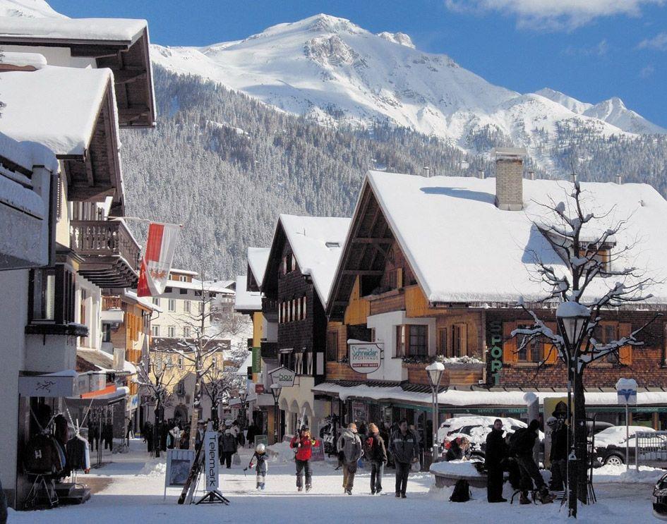 St Anton ski town, St Anton Ski resort