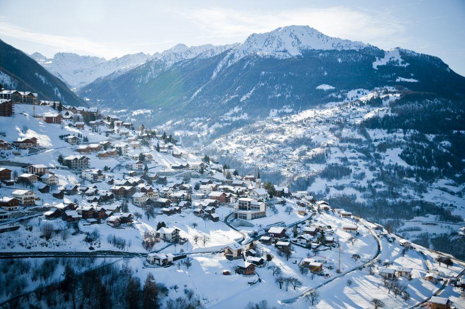Swiss Alps Resorts, ski resorts Switzerland, skiing in Switzerland, ski holidays Veysonnaz, skiing in Veysonnaz