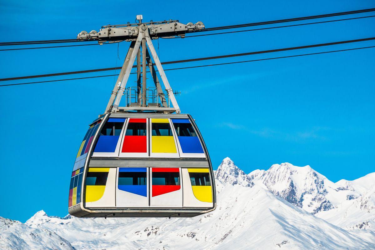 ski lift Vanoise, Vanoise Express ski lift, ski lift Paradiski, double-decker ski lift