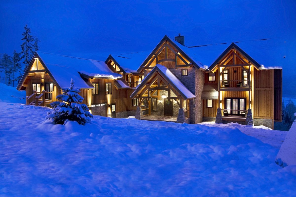 Bighorn Revelstoke, luxury chalet Revelstoke, luxury cabin Revelstoke, luxury cabin Canada, ski cabin Canada