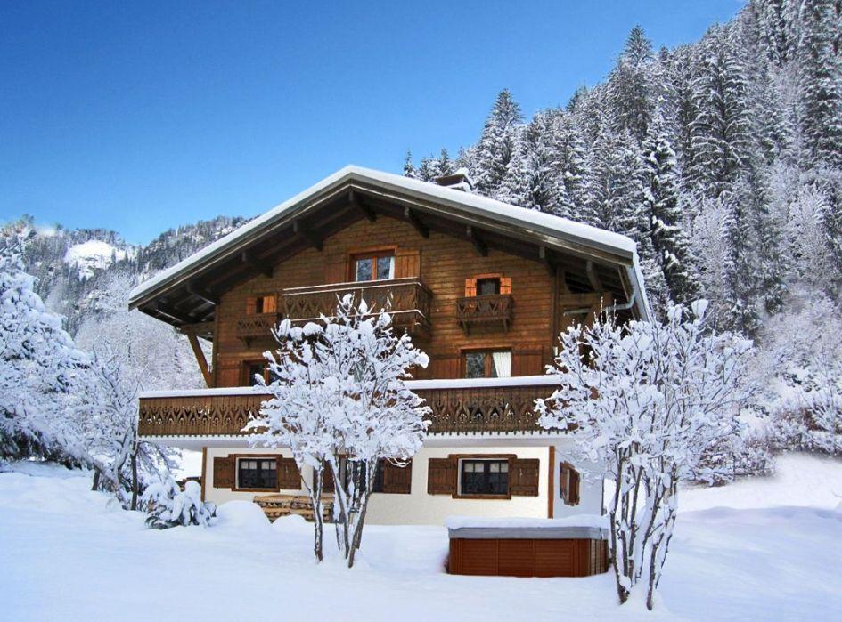 luxury ski chalets Chatel, ski chalets Chatel, luxury chalets Portes du Soleil, Chatel ski chalets, skiing in Chatel, ski holidays Chatel