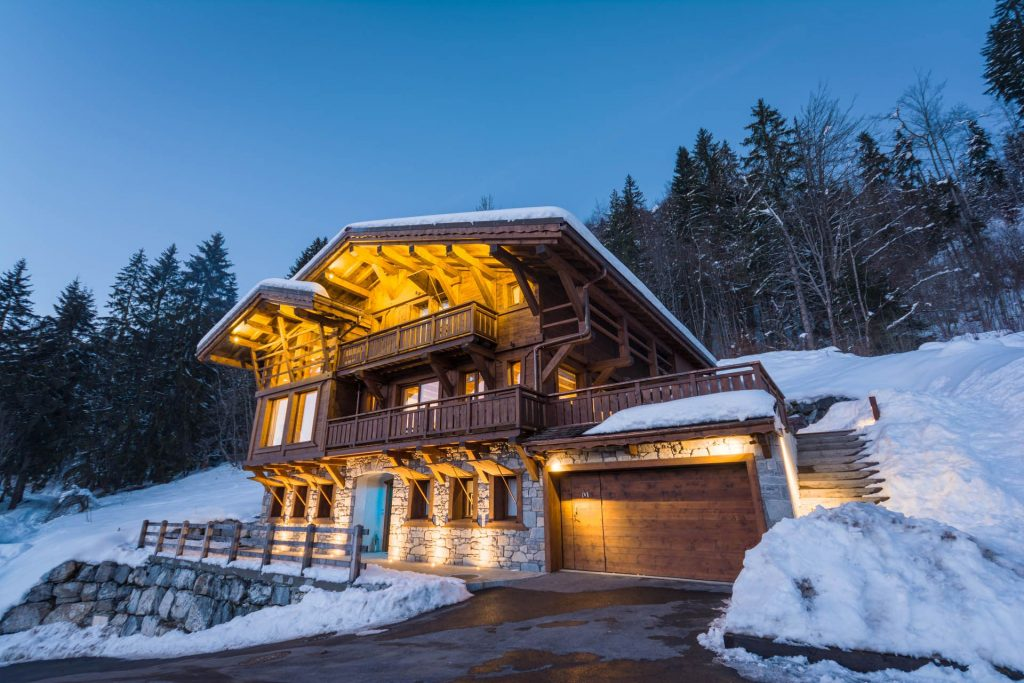 Self catered chalet Morzine with hot tub, Morzine ski chalets, Ski chalets Morzine, Self catering chalets Morzine