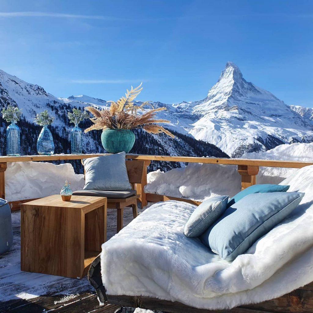 lunch with a Matterhorn view, mountain restaurants in Zermatt, Zermatt restaurants, lunch in Zermatt, eat out in Zermatt