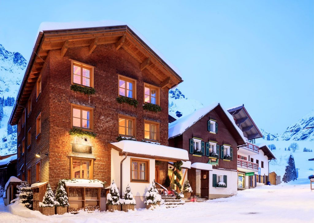 self-catered chalets in Austria, self catered chalet Zurs, self catered ski holidays in Autria