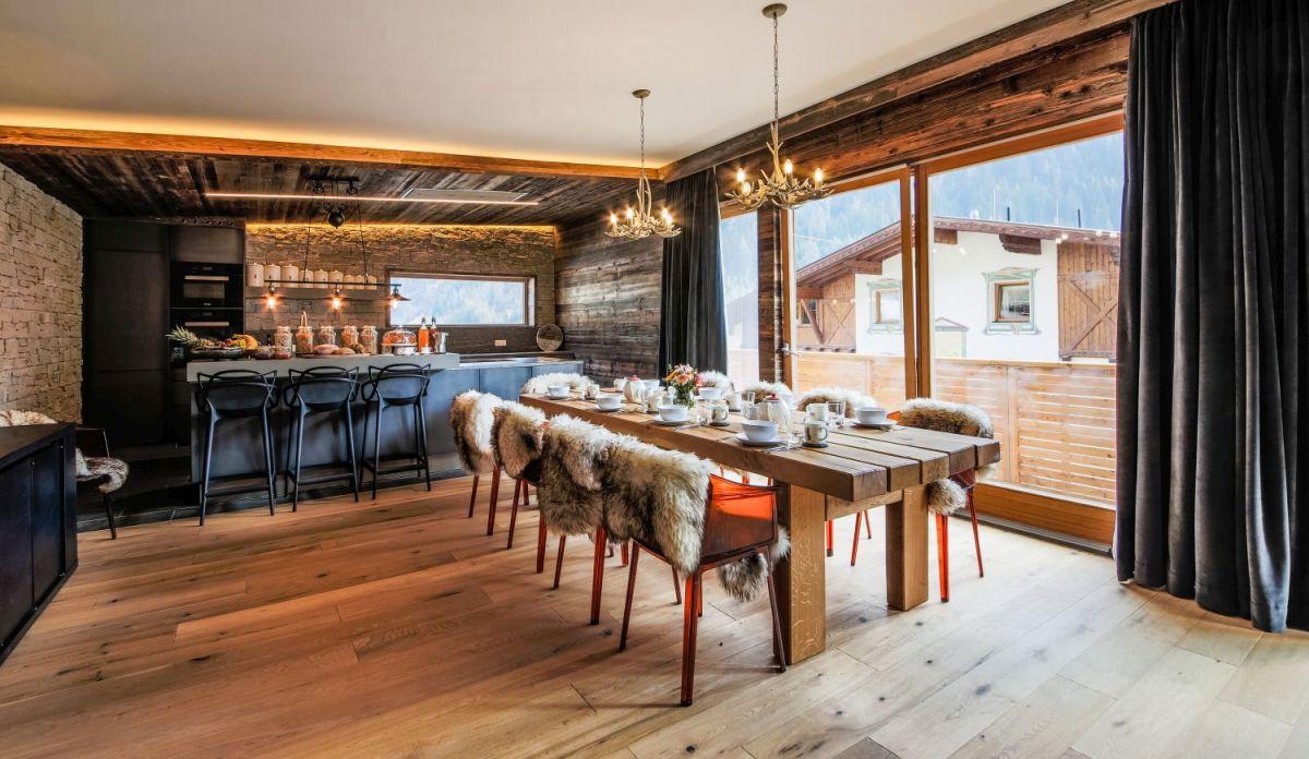 Ski chalets in Austria, Self catering Austrian Alps, Self catering holidays in Austria, self catered chalet St Anton